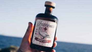 francois gin_hand