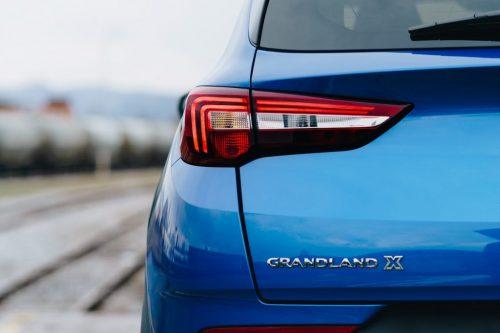 Opel_Blau_Hinten_1