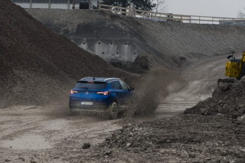 Opel_Blau_Matsch_1