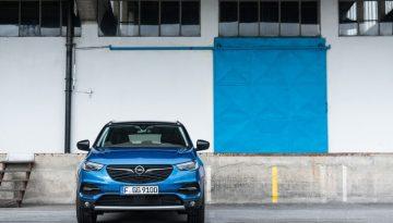 Opel_Blau_Vorne_