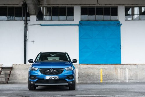 Opel_Blau_Vorne_1